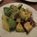 アヒルストア - アボカドとタコのサラダ