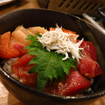 浜一番屋 - 漁師丼(ミニ)380円