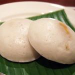 ガネーシュ - 2013春を味わうコース(4000円)の黄人参のライスケーキ