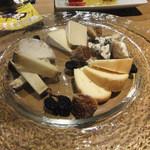 18626421 - チーズ盛り合わせ