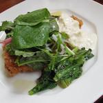 アウグスビール ラボ・キッチン - 【ランチ】 チキンカツレツ自家製タルタルソース \850