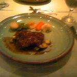 ニュートーン・モア - お肉料理
