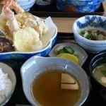 石の家 - 天ぷら定食