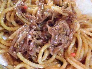 ウオカネ - 焼肉は麺の中にわんさか!