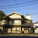 増田屋 - 246号線「つくし野交差点」スグ。