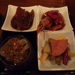 中国料理 仙ノ孫 - 前菜盛り合わせ。えびの紹興酒漬けがうまかった。