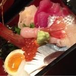 はた野 - 海鮮丼
