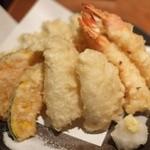 道玄坂 漁 - 天ぷら五点盛り