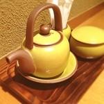 慶水 - 可愛らしいお醤油さし