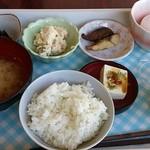 18649594 - 無料朝食は和食