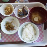 18649957 - 無料朝食は和食