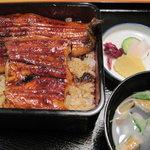 和食と名代うなぎの新見世 - 料理写真:うな重