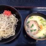りんどう - 料理写真:B級な きくいも麺のつけ麺 800円
