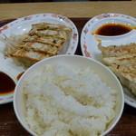 18652726 - 浜松餃子とご飯