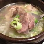 韓味家 - カルビスープのお肉♪