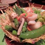 18659182 - 海老とホタテとたくさん野菜の塩炒め