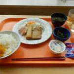 18660695 - 100円朝食 4/26
