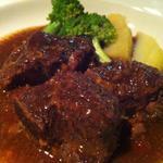 Jam's bar - 牛ほほ肉の赤ワインソース煮