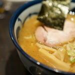 めん徳 二代目 つじ田   - スープのアップ