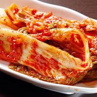 黒門豚美人 - キムチやトッポキetc…といった 韓国定番の家庭料理もご用意しております♪