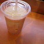 ドトールコーヒーショップ - ドリンク写真:ベリーヨーグルト・ヨーグルンS(320円)