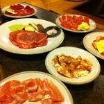 やきにくべこ膳 - 美味しいお肉達