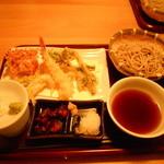 18681446 - 季節限定!天ぷらせいろそば¥1600