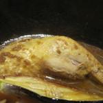 北海道スープカリー専門店 マナ - チキンは足が一本まるごと