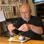 さとの家 - 海鮮やしそなどの彩りが美しい『五色納豆』、アツアツの鉄板で食べる『特製マーボー豆腐』など、こだわりのオリジナルメニューがたくさん! どれもリピーターの多い人気のメニューばかりです。