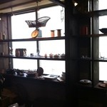 トリトンカフェ - 入口脇、小物売ってるところ