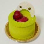 マールブランシュ  - 若葉《ピスタチオと木苺のケーキ》(\504、2013年4月)