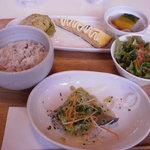 pecoramou - 白身魚のランチセット980円