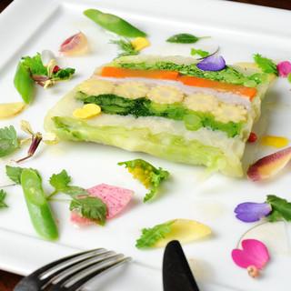 epiceのスペシャリテ『野菜のテリーヌ』をご賞味ください!