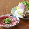 鯔背屋 - 料理写真:名物・まぐろのすき焼き 1人前 2980円 (写真は3人前)