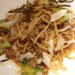 マーケットレストランAGIO - 岩手白金豚のミートソースのスパゲッティ ローズマリー風味