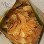 牧之原サービスエリア(上り)スナックコーナー - 「三ケ日みかん ポテトチップス」 350円