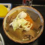 ラーメン郷 - 料理写真:もつ煮