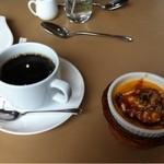 18706871 - デザートとコーヒー