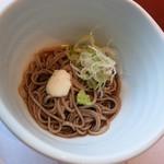 潮騒の宿 晴海 - 凌ぎ:はったい麺
