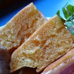 アスク ア ジラフ - パンケーキ《ソーセージ&ベーコン》(パンケーキのアップ、2013年4月)