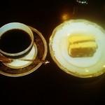 18712436 - エクセレントブレンド&チーズケーキ