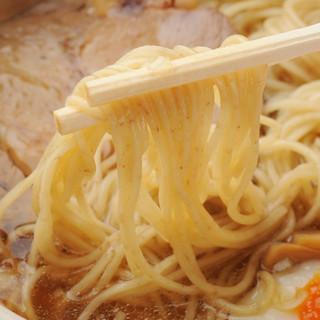 神田駅5分 素材がもつ本来の旨味を堪能できる、丁寧に仕上げた自慢の味をご賞味ください。