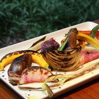 伍六 - シンプルな野菜の鉄板焼き オリジナルディップ味噌