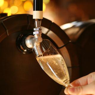 樽生スパークリングワインを含む飲み放題コースは3500円~!