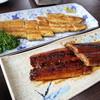 かりや食堂 - 料理写真:鰻の白焼とかば焼きで一杯