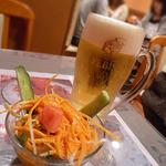 アヌサ - お通しと生ビール