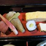 そば馳走庵 草八 - 野菜寿司、前菜