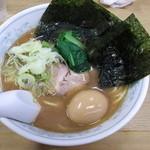 18730594 - らーめん(太麺・しょうゆ) 600円