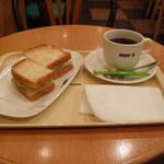 ドトールコーヒーショップ - モーニングBセット(タラモサラダとアメリカン)