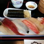 18742154 - お寿司です。